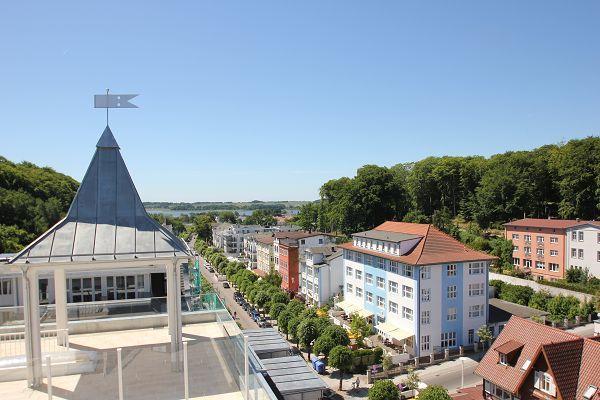 FIRST Sellin - Blick von der Dachterrasse über die Wilhelmstraße