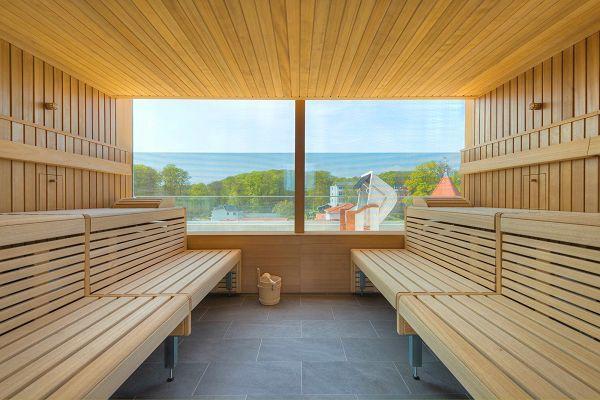 FIRST Sellin - Sauna mit Meerblick im Wellnessbereich