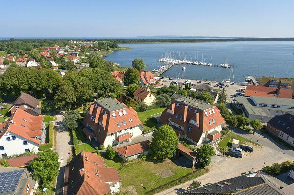 Urlaub in den Haufenhäusern Breege auf Rügen - Luftbild