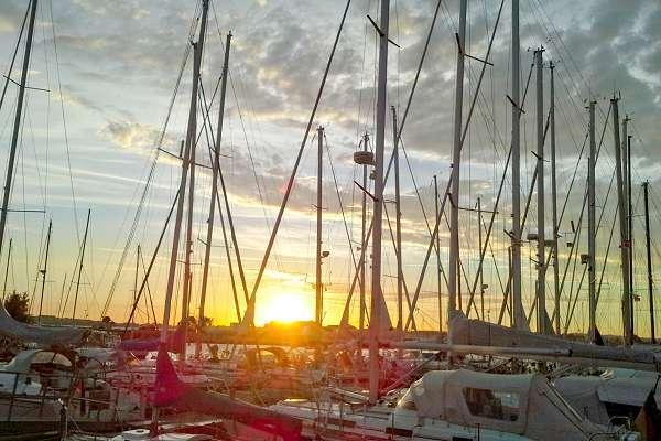 Hafen in Gager