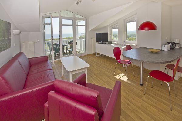 Wohnzimmer in der Ferienwohnung 18 in den Meeresblick Residenzen