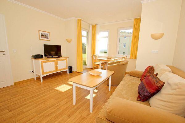 Wohnzimmer in der Ferienwohnung 44 in den Meeresblick Residenzen