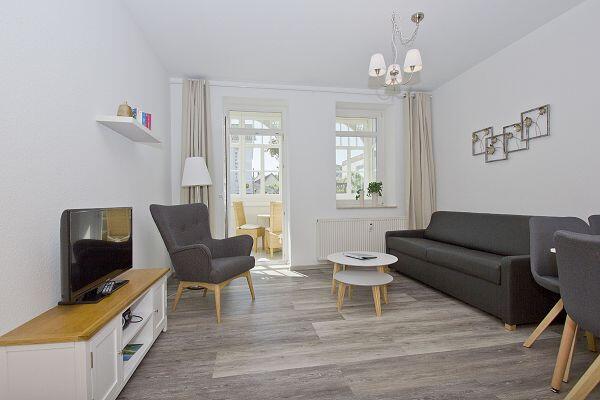 Wohnraum mit Veranda in der Villa Möwe Whg. 1