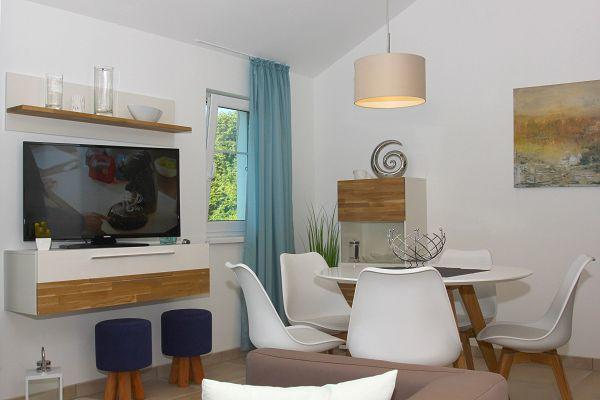 Essecke in der Wohnung 06 im Haus 13 im Strandresort Rex Rugia