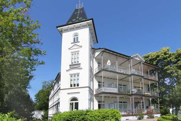 Villa Stranddistel an der Promenade im Ostseebad Binz