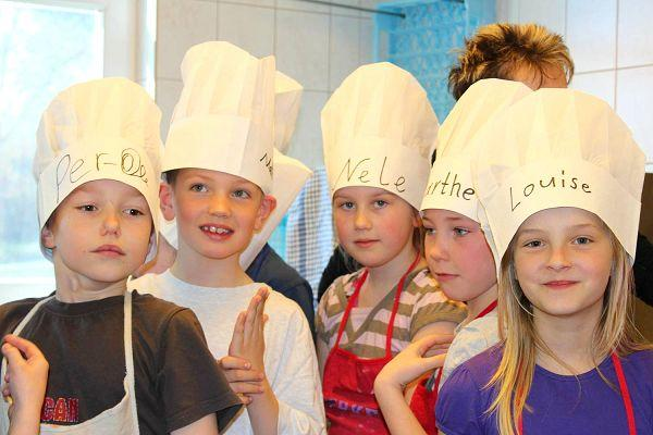 Kinder kochen im Ostseebad Göhren